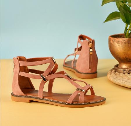 Rave-feature-image-flat sandal
