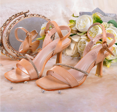 Rave-feature-image-heel-shoes